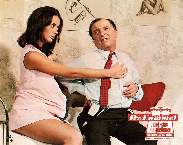 Dr. Fummel und seine Gespielinnen (1)