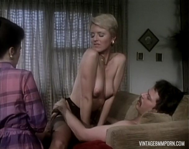 Outlaw Ladies 1 1981 scene 1 (Jody Maxwell and Juliet Anderson)